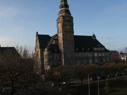Mit Blick aufs Rathaus - 3-Raumwohnung in idyllischer Lage