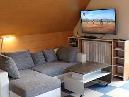 Günstige 1-Zimmer-Wohnung mit Balkon und Einbauküche in Waidhaus