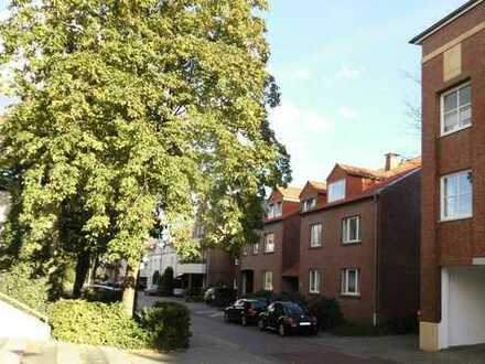 Gemütliche Stadtwohnung mit Loggia und Einbauküche