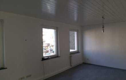 Erstbezug nach Sanierung: freundliche 2-Zimmer-Wohnung in Holweide, Köln
