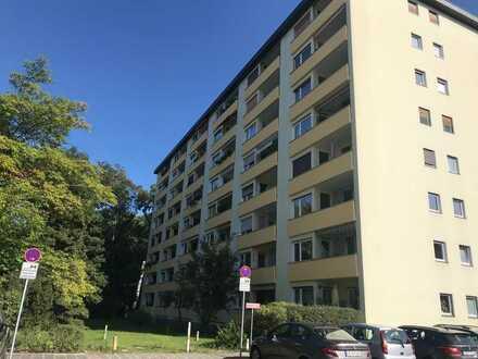 Erstbezug nach Sanierung: stilvolle 1-Zimmer-Wohnung mit EBK und Balkon in Nürnberg