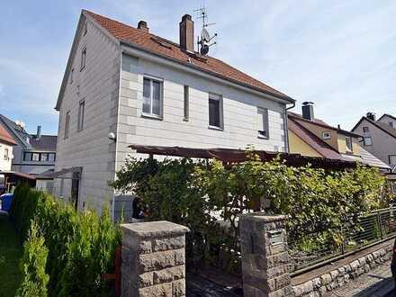 Wohnhaus / aufgeteilt in 3 Eigentumswohnungen