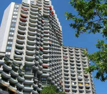 Super Wohnung im Collini Center mit Panorama Blick