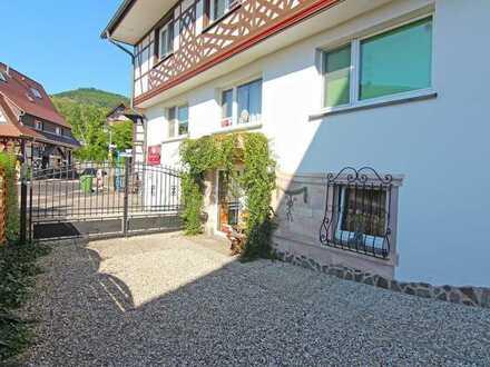Sasbachwalden: Etablierte Kochschule mit Betreiberwohnung