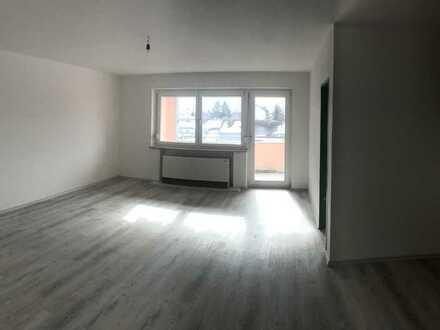 Sanierte 1-Raum-Wohnung mit Balkon und Einbauküche in Kaufbeuren