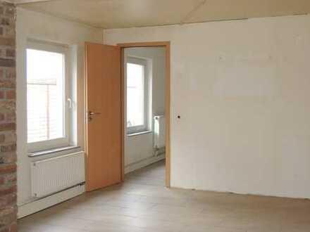 KAUF: vermietetes Einfamilienhaus und 4 vermietete Apartments in zentraler Lage von KÖLN - GODORF