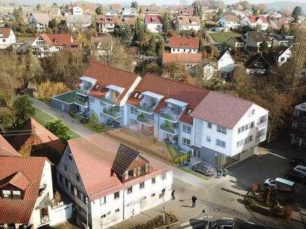 In der Ortsmitte: ruhige 2 Zi. Erdgeschoss-Wohnung mit Terrasse und Gärtchen