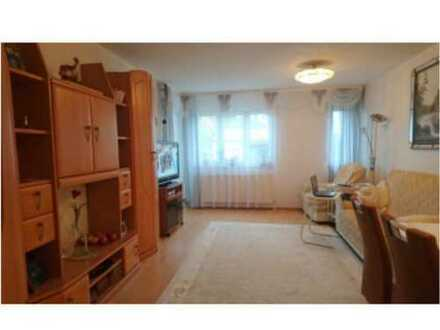 Gepflegte 3-Zimmer-Wohnung mit Balkon und EBK in Parsberg