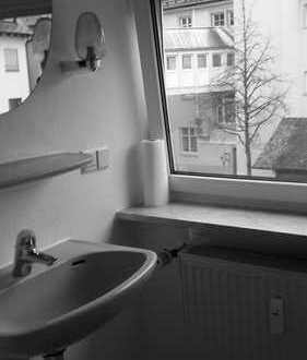 Gepflegte 2,5-Zimmer-Maisonette-Wohnung mit Einbauküche in Mengen