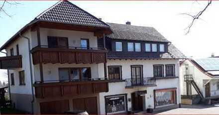 Mehrgenerationenhaus mit 14 - Zimmern in Simmersfeld-Kreis Calw