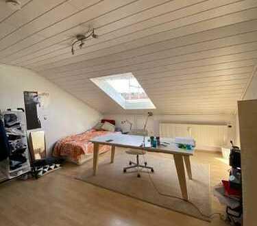 WG-Zimmer in Pforzheim in netter WG, Top Lage, Fußläufig zur Hochschule für Gestaltung