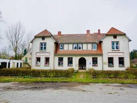 Großzügiges Mehrfamilienhaus in Neetzow mit 17 Zimmern über zwei Etagen zu verkaufen...!!!