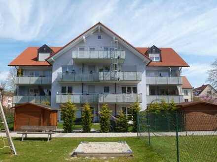 Neuwertige 3-Zimmer DG-Wohnung in Fürstenfeldbruck mit Aufzug