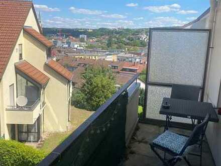 Helle 2,5-Zimmer-Wohnung mit Balkon in Pforzheim