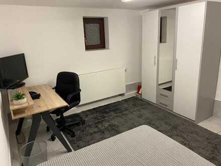 4'er WG Zimmer in Schönaich (Kreis Böblingen) zu Vermieten Tel: 015234034018