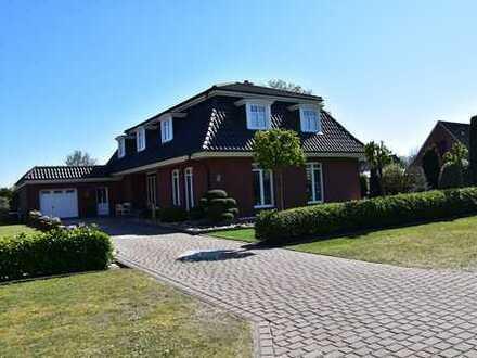 ELISABETHFEHN: Großzügiges Einfamilienhaus in ruhiger Lage Obj. 5153
