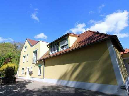 Juwel im innersten Westen!! 3,5 ZKB-Wohnung mit Terrasse und Wintergarten. Nähe Herzogpark