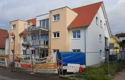 Provisionsfrei! Traumhafte 4-Zimmer-Dachgeschosswohnung in Kochersteinsfeld, Erstbezug Januar 2020