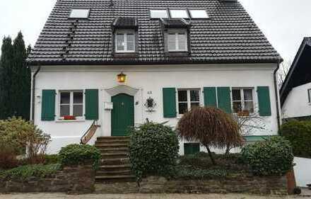 Vollständig renovierte 4-Zimmer-Maisonette-Wohnung mit Terrasse und Blick auf den Baldeneysee