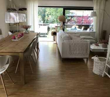 Ansprechende 3-Zimmer-Wohnung im 3 Familienhaus mit 16qm Balkon und Einbauküche in Heusenstamm