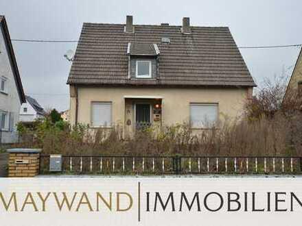 Freistehendes 1-2 Familienhaus mit zwei Garagen und großem Garten in Feldrandlage von Kerzenheim