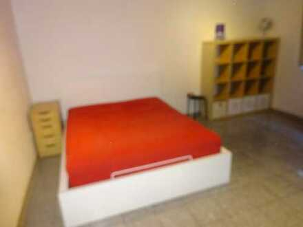 Komfortable hochwertige 1 Zimmer Wohnung - möbliert