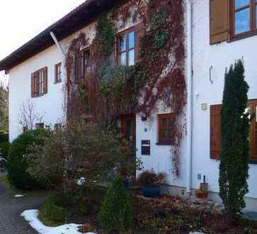 Schönes Haus (wird gerade saniert) mit fünf Zimmern in Rosenheim (Kreis), Bad Aibling