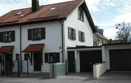 Sonnige große Doppelhaushälfte mit Südgarten in München Großhadern
