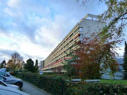 2 Zimmerwohnung mit Balkon und Wasserblick auf die Scharfe Lanke!