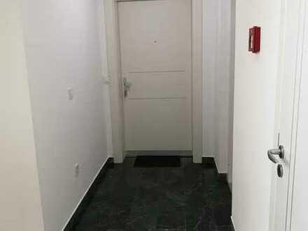 sehr große, Lichtdurchflutete 2 Zimmer Wohnung in Heidelberg