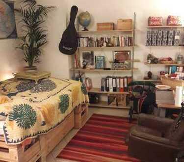 Schöne 1-Zimmer-EG-Wohnung in Regensburgs Ostengasse =)
