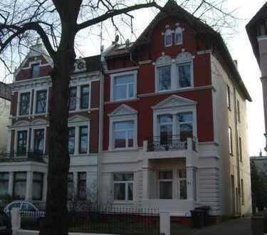 Großzügige 3-Zimmer-Wohnung mit Balkon und Einbauküche in Lübeck nähe Hauptbahnhof und Zentrum