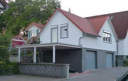 Neuwertige 1-Zimmer-Wohnung mit Balkon in Fürth