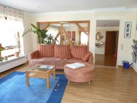Gepflegte 2-Zimmer-Wohnung mit Terrasse und Einbauküche in Remshalden Rohrbronn