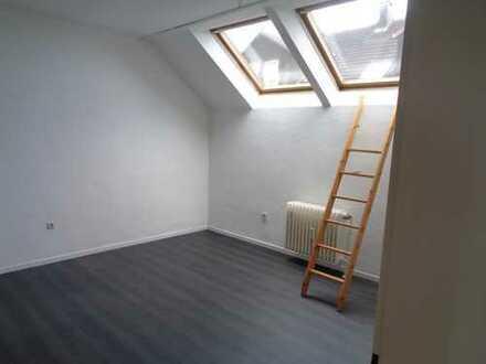Über den Dächern Lindens, ruhige 2-Zimmerwohnung, frisch gestrichen