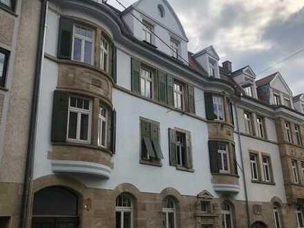 Sanierte 3-Zimmer Altbau-Wohnung am Fuße der Karlshöhe
