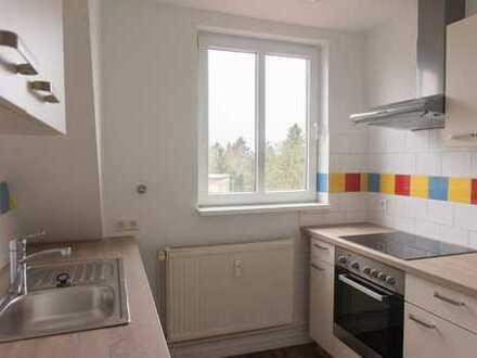 Ansprechende 3-Zimmer-Dachgeschosswohnung mit Einbauküche in Velten