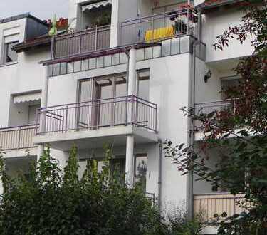 Schöne, geräumige 1-Zimmer-Wohnung in Königsbrunn