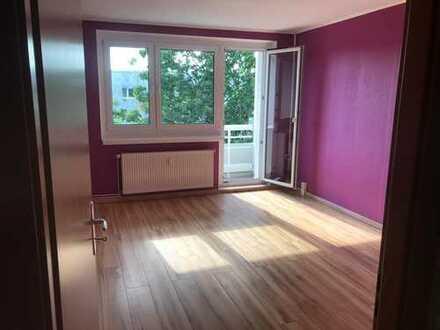 Helle 4-Zimmer-Wohnung zur Miete in Potsdam *WG-geeignet*