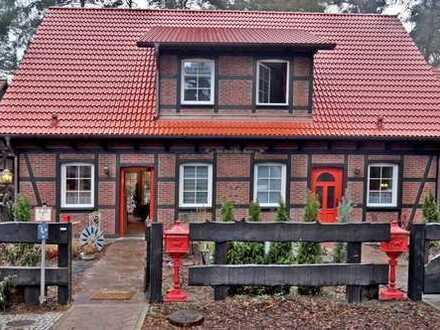 Voll eingerichtete Doppelhaushälfte im idyllischen Schönwalde-Glien Fontanestr. 56 bei Berlin