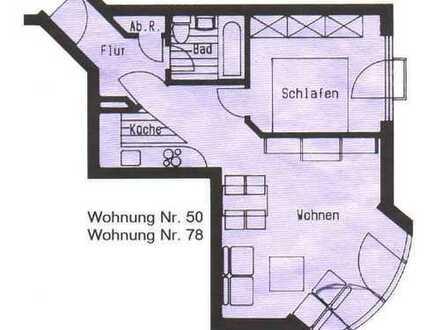 Kleine Zwei-Zi.-Wohnung mit EBK