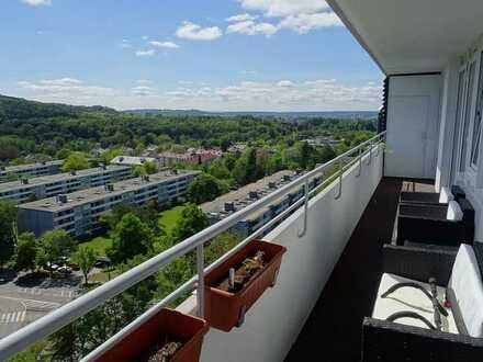 Top renovierte 4-Zimmer-Wohnung in modernisiertem Haus mit phantastischem Ausblick