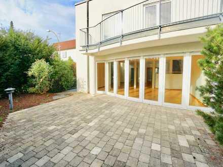 Sonnige Doppelhaushälfte mit Süd-Terrasse und Tiefgarage