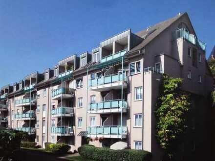 Traumwohnung im Dachgeschoß: 1,5-Zimmer-Galerie-Wohnung inclusive TG-Stellplatz