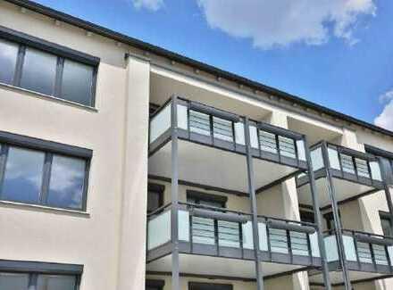 Stilvolle, modernisierte 3-Zimmer-Wohnung mit Balkon in Königsbrunn