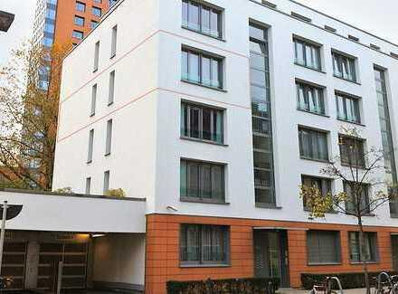 Elegante Neubau-Wohnung am Medienhafen / Landtag, Terrasse, EBK, Parkett