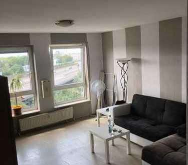 Mitten in der Stadt - Schöne 1 ZKB-Wohnung mit TG-Stellplatz