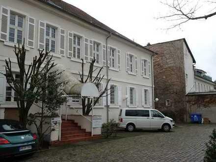 Top vermieteten Gewerbeimmobilie im Herzen von Neustadt