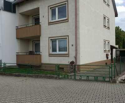 *Kapitalanleger oder Eigennutzer* 2,5 oder 3 Zi- Wohnung in zentraler Lage von Sandhofen