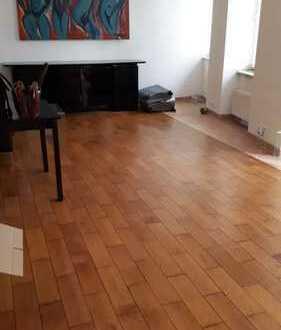 Moeblierte ,,furnished, 10119-naehe Rosentalerplatzi 50 m2- Whg, -ruhig im Hof-x